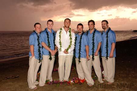 images of naked hawaiian men